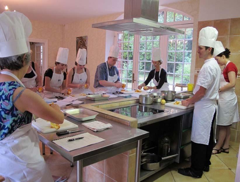 Kochunterricht in l´Ecole des Trois Ponts